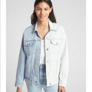 NWT Gap Icon Spliced Denim Jacket